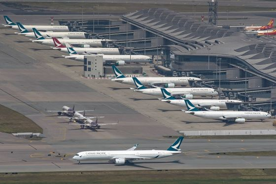 Cathay Crew to Work 21-Day Stints to Avoid Quarantine