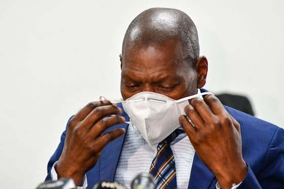 South Africa Struggles to Contain Coronavirus While the Economy Crumbles