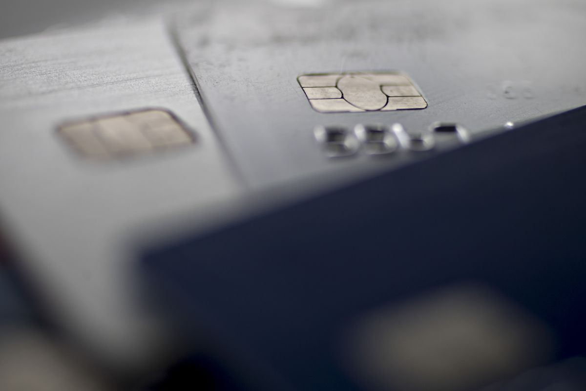 JPMorgan, Citigroup Expect More Credit-Card Users to Default