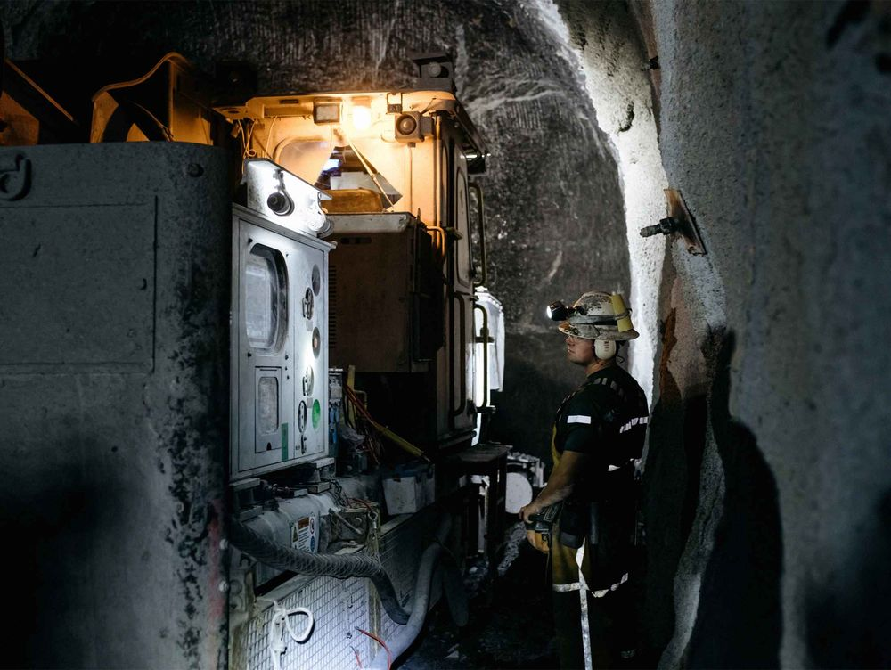 Gold Mining Gets Wired Bloomberg