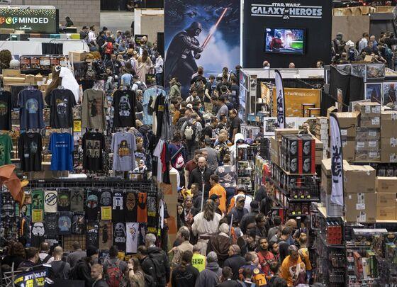 'Rise of Skywalker' Heartens Star Wars Faithful After Tough Year
