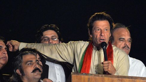 Pakistani Opposition Leader Imran Khan
