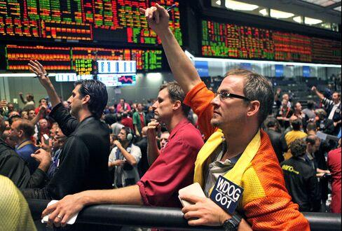 Short Selling Against S&P 500 Rises