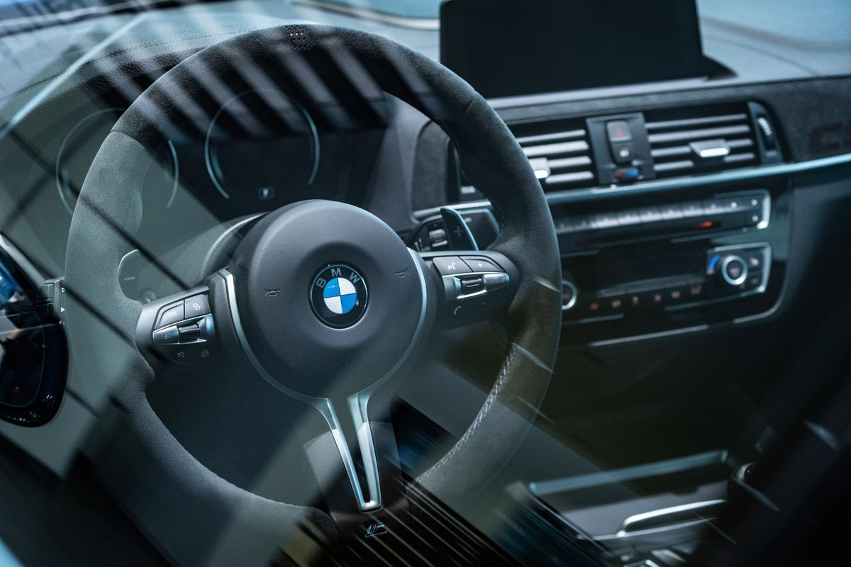bloomberg.com - Christoph Rauwald - BMW Seen as Ideal Match for Apple as Car Manufacturing Partner