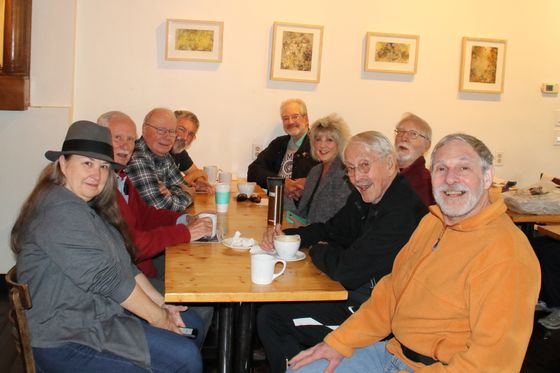 Retirees Kept Apart by Covid Defy an Isolated and Lonely Future