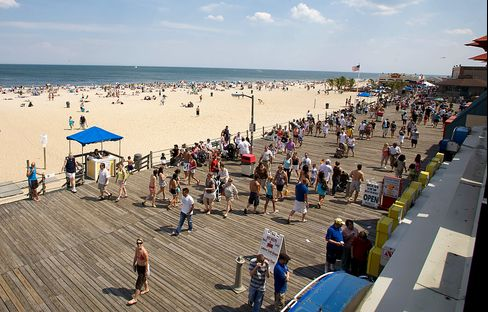 10 Charged With $40 Million Mortgage Fraud at Jersey Shore
