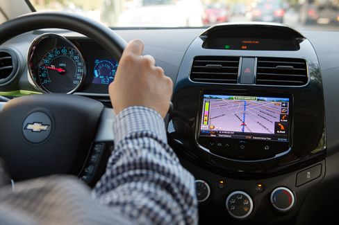 Chevy Adopts Bring-Your-Own-Maps Approach to Navigation