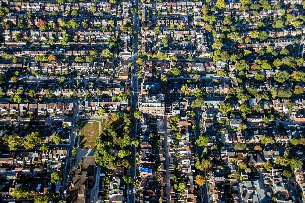 Toronto Luxury Home Sales Plunge 46% From Last Yearu0027s High