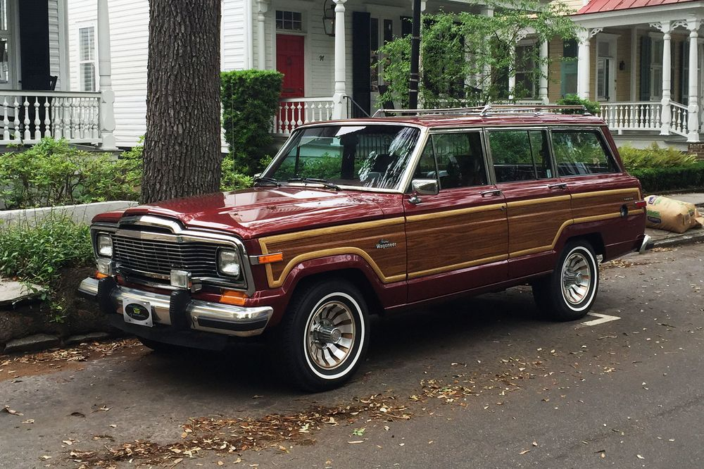 Jeep Grand Wagoneer >> Why Now S The Time To Buy A 1984 1991 Jeep Grand Wagoneer Bloomberg