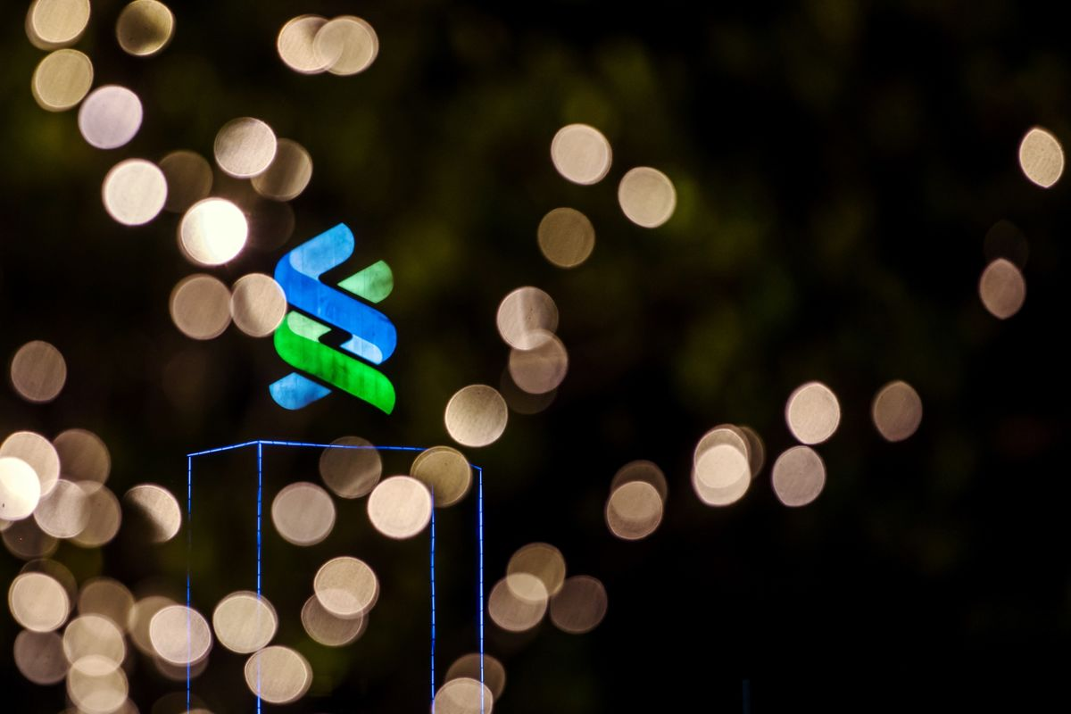 Standard Chartered Couldn't Tell Regulator How Some Rich Clients Got Rich