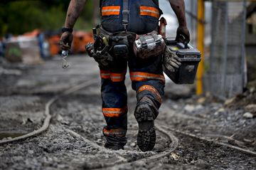 It's the Best Time to Own Some Stock in a Dying U S  Coal Miner