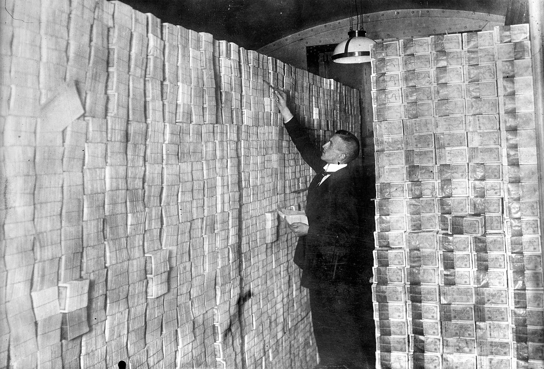 A basement of a bank full of banknotesat the time of the Mark devaluationduring the economic crisisin Weimar Republic (Germany), 1923.