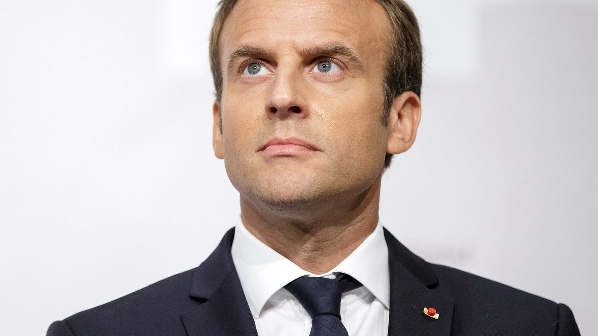 Macron Signals He's Set to Scale Back French Mission in Africa