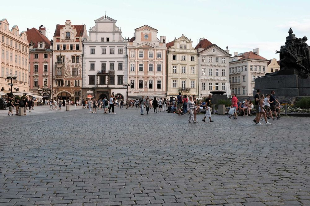 Airbnb Facing Tighter Rules in Prague to Combat Towering