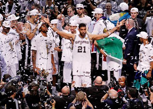 San Antonio Spurs Celebrate