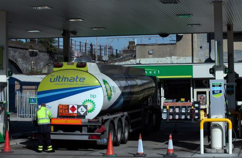 Cameron Says No Justification for Tank-Truck Drivers' Strike