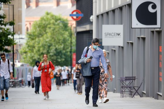 Sparse Crowds Signal City of London's LacklusterOffice Return