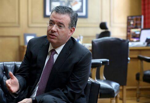 アレファンドロ・ディアス・デレオン副総裁