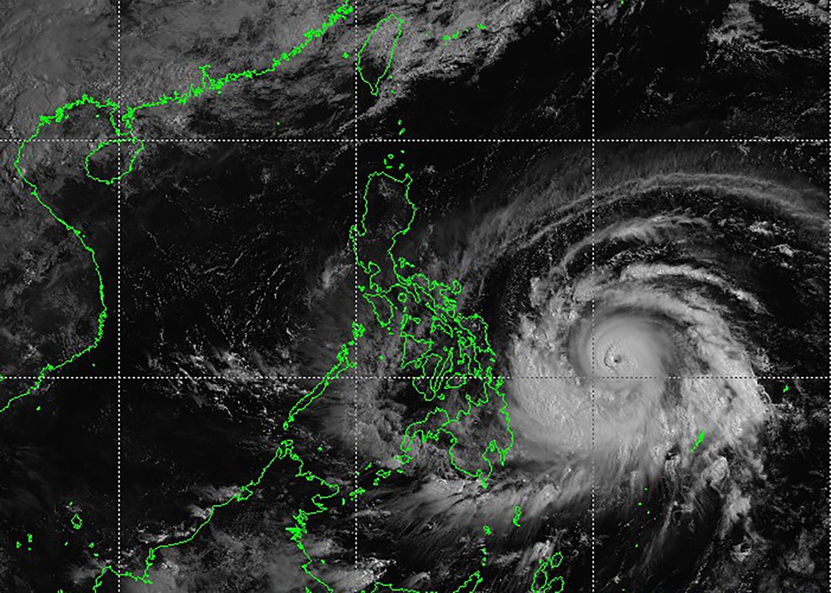 Typhoon Surigae Rapidly Intensifies, Philippines Raises Alert
