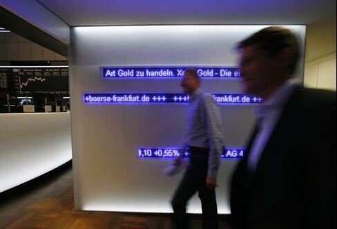 European Stocks Climb as Investors Await ECB, BOE Rate Decisions