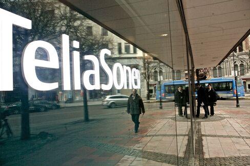 TeliaSonera Falls After Finland's Share Sale