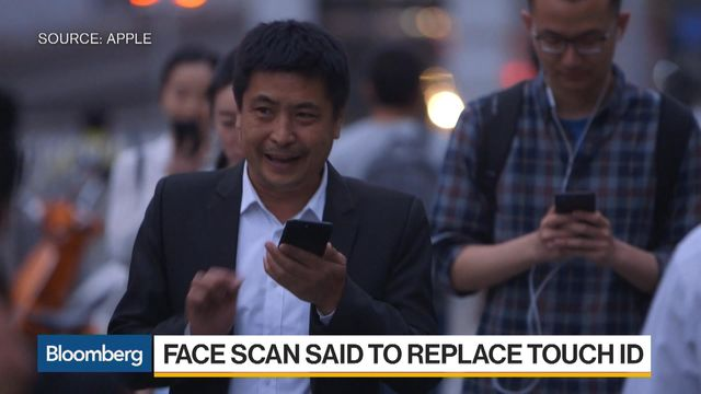 Apple Tests 3-D Face Scanning to Unlock Next iPhone