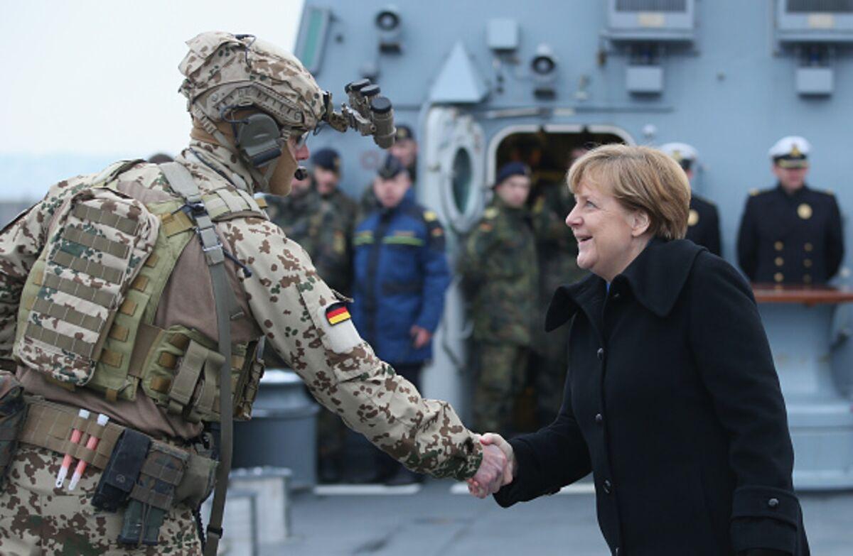 O Trump δεν θα βγει νικητής τιμωρώντας τη Γερμανία για την άμυνα