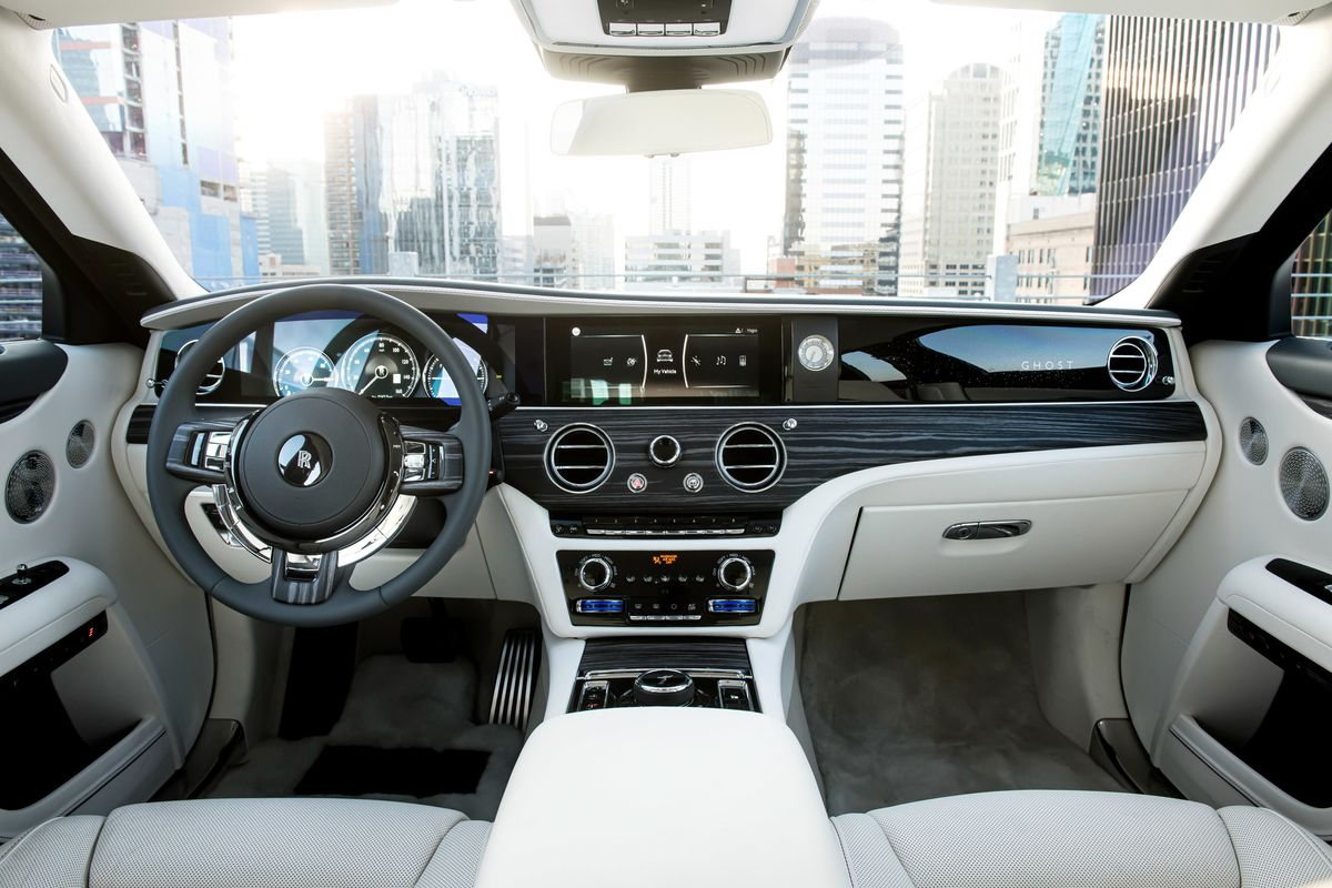 Rolls-Royce's New Car Was So Quiet at First, It Nauseated Drivers