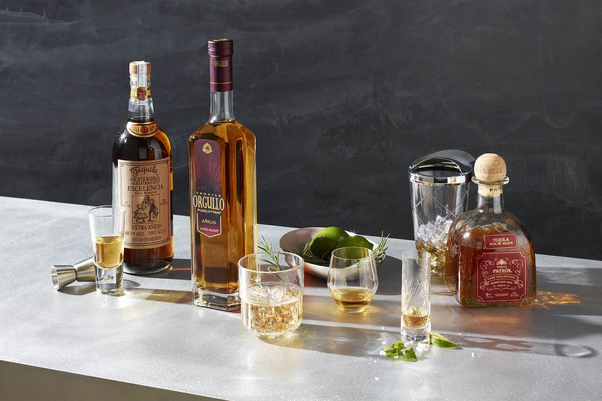 ec5db2a79585d3 Best High-End Tequilas in a Crowded Category Go Extra Anejo - Bloomberg