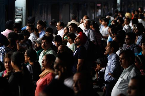 What the India Blackout Says About India's Frailties