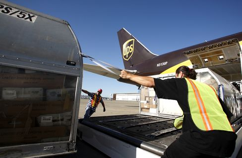 UPS, TNT Express Said to Near Agreement After Initial Rejection