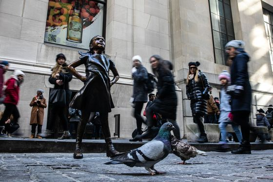 People Are Getting Angry About 'Fearless Girl' Statue Again