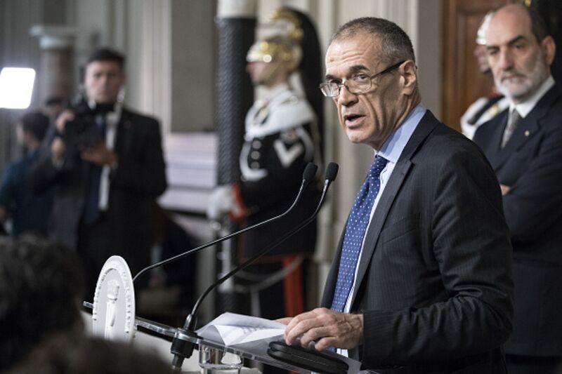 Όχι, η Ιταλία δεν είναι θύμα του ευρώ
