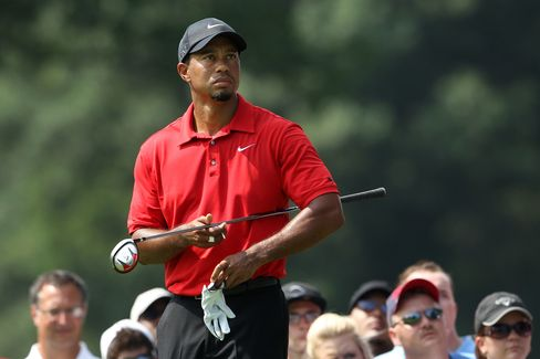 Woods Targets PGA Championship as Ex-Caddie Wins With Scott