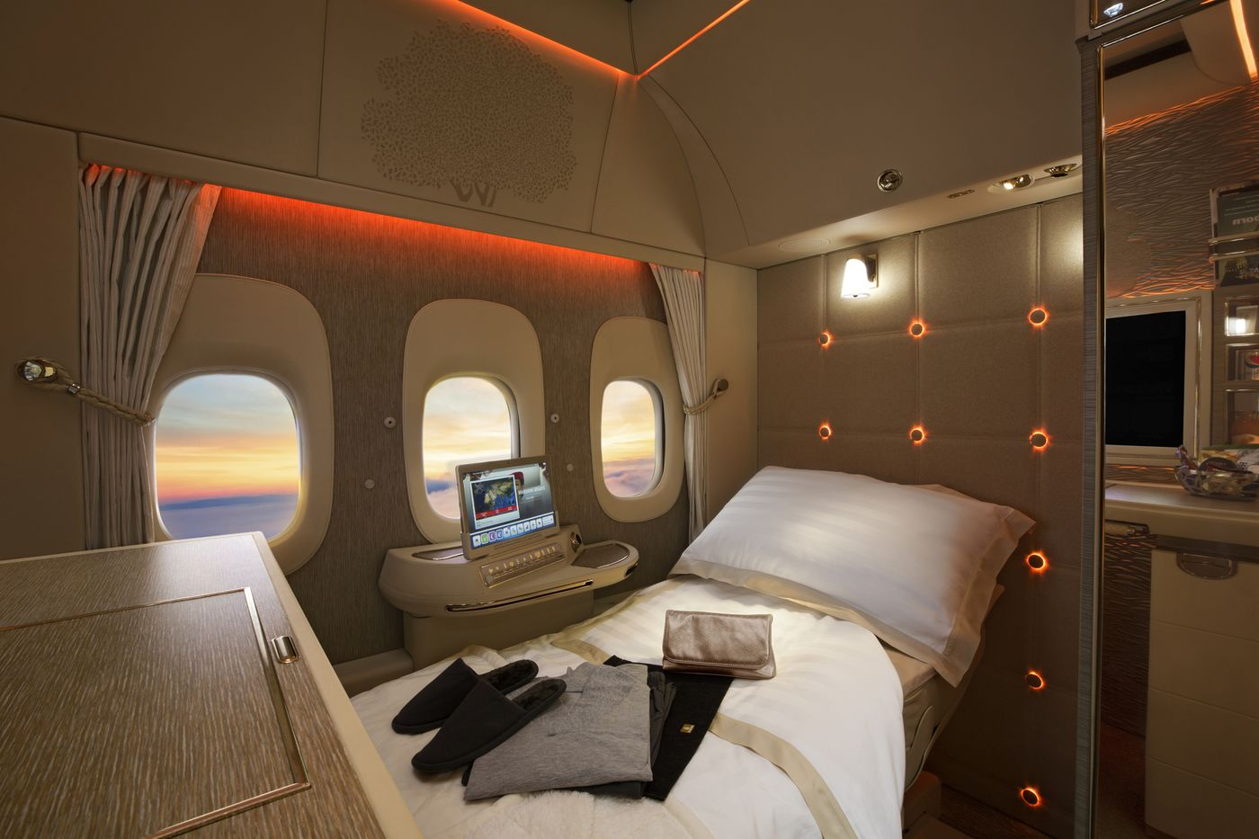 relates to How to Fly the Best First-Class Seats, Cheaper Than Economy