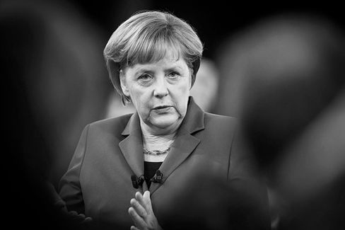 Germany's Angela Merkel Tilts Toward Pro-Bailout Party