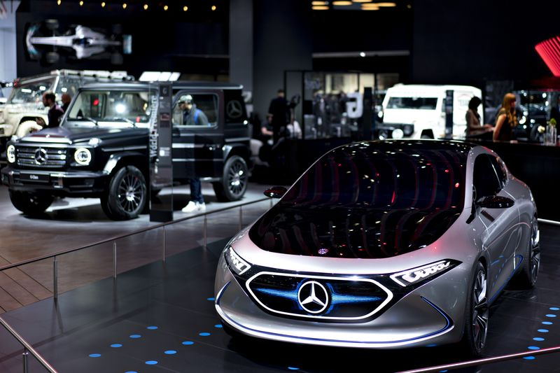 Mercedes To Skip Detroit Auto Show As Tech Events Steal Thunder - International auto show schedule
