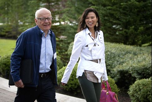 Rupert Murdoch Files for Divorce From Pie-Deflecting Wife Wendi