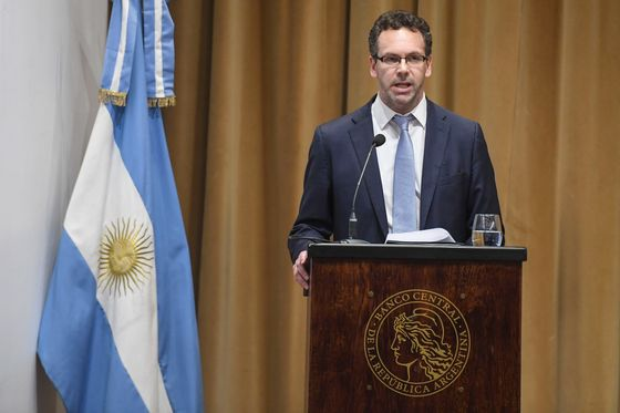 Argentina Seeks Way Out of 'Hell' With New Monetary Policy