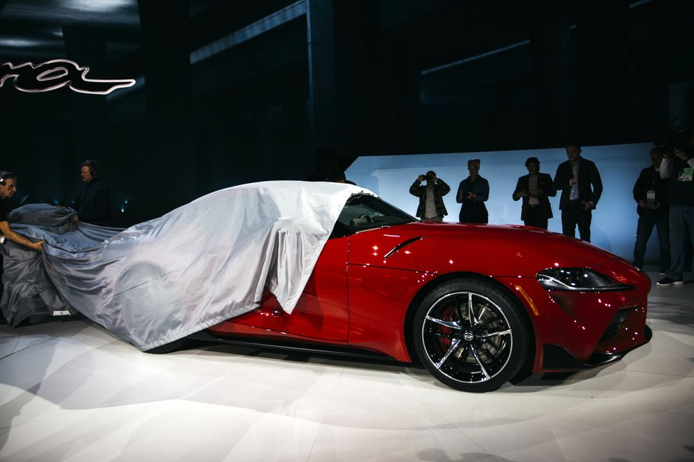 New 2020 Toyota Supra World Debut Stats Photos Bloomberg