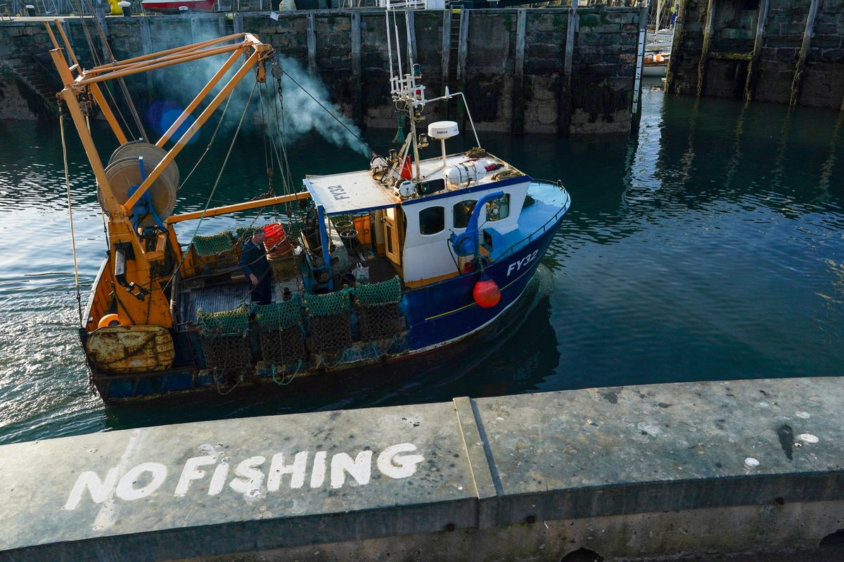 U.K. Says EU Fishing Deal May Not Be Finalized Until December