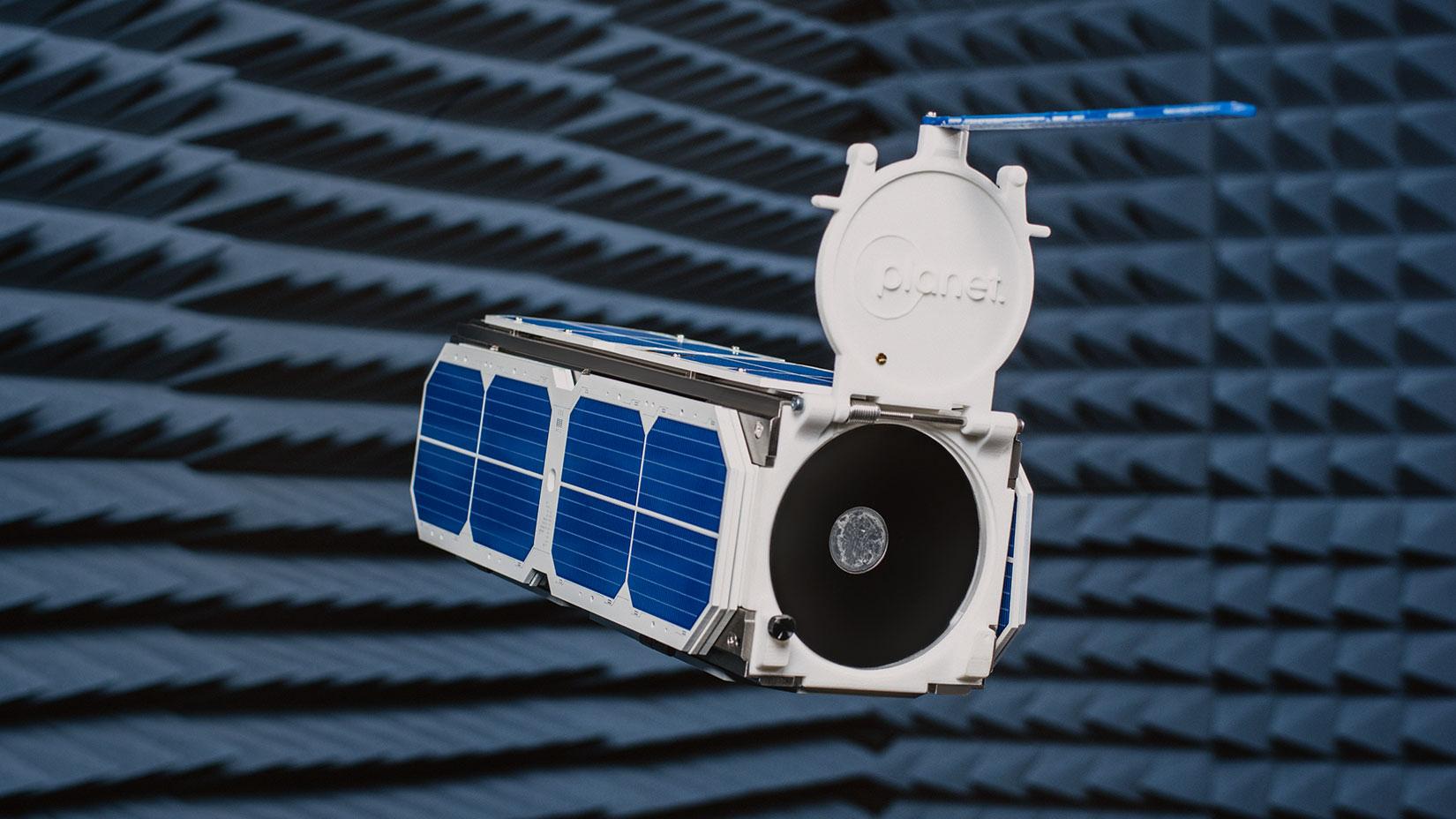 The Tiny Satellites Ushering In New Space Revolution Bloomberg Mini Audio Analysts Using 4017