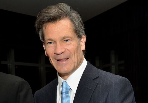 Louis Bacon to Give Back $2 Billion From Main Fund to Investors