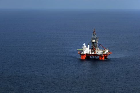 Mexico Ending Monopoly Seen Drowning North America in Crude