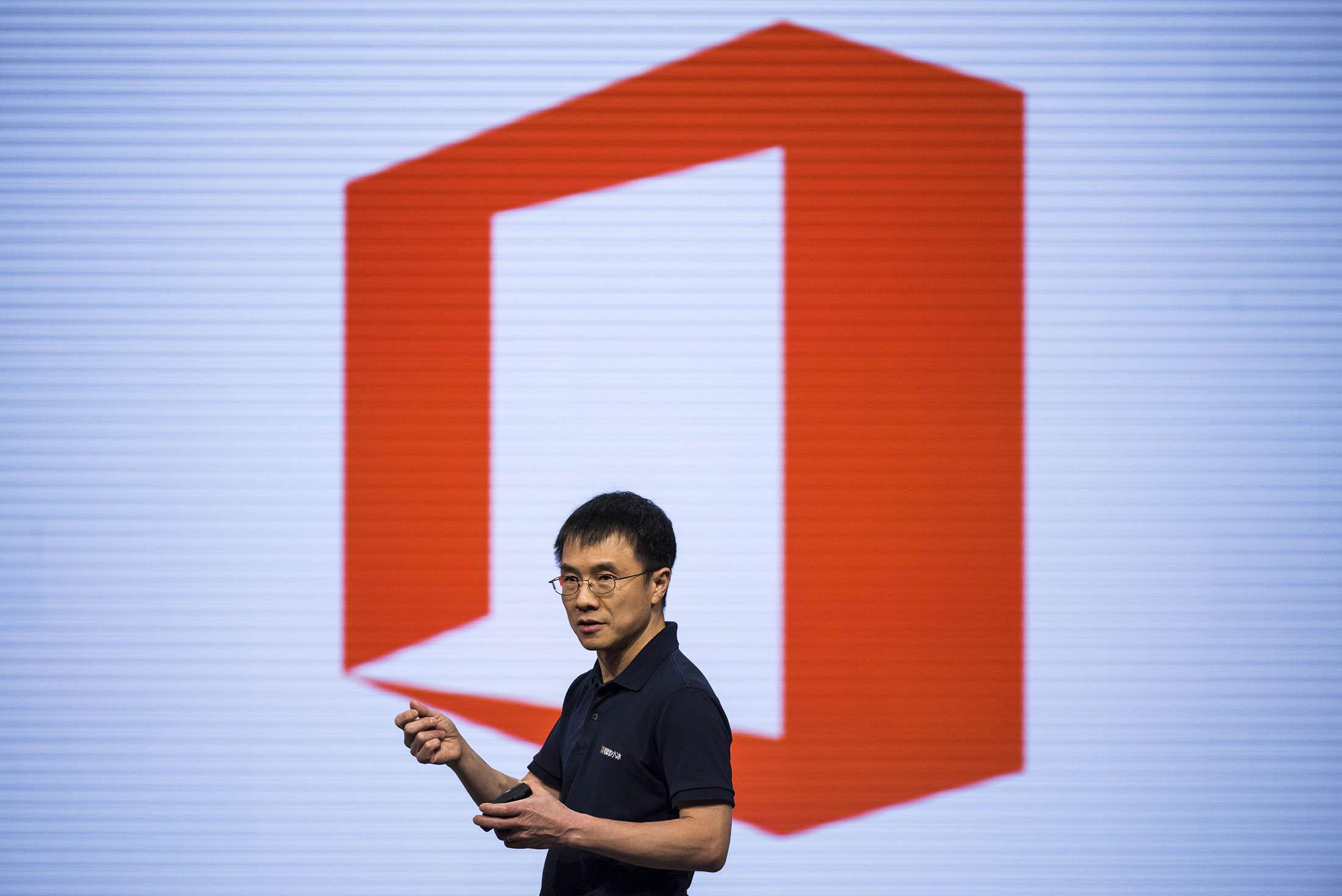 bloomberg.com - Microsoft Veteran Will Help Run Chinese Search Giant Baidu