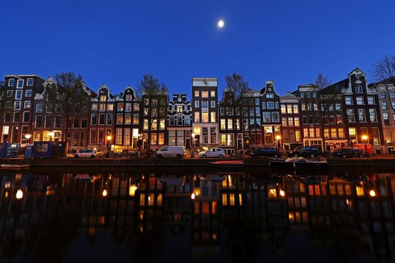 Amsterdam to Clean Up Sex-and-Drugs Tourism in Post-VirusReboot