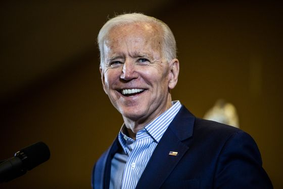 Biden Pulling Away in South Carolina With 46%, State Poll Shows