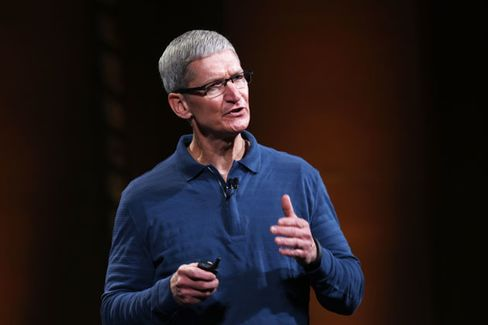 Apple???s Tim Cook to Duke MBAs: ???Write Your Own Rules???