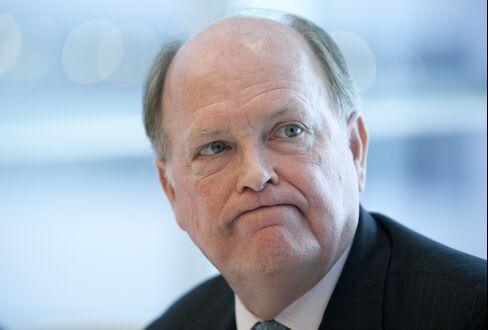 Plosser Says QE3 Risks Fed Credibility, Won't Boost Hiring