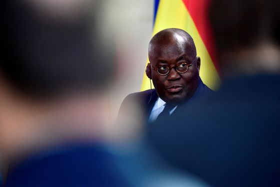 Ghana Regulator Said to Line Up Investors to Spur Bank Deals